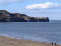 An image Sandsend looking North East across the beach